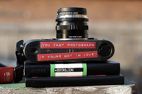 You can´t photographs if your not in love